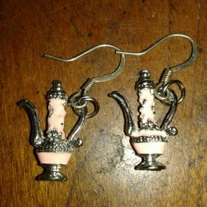 Jewelry - Vintage Light pink and silver tea pot earrings